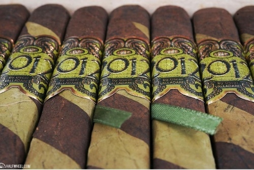 2012 Barber Pole Toro by Oscar (Green Box 10) with 3 Pack of Oscar Cigars, Torch Lighter and Double Cutter