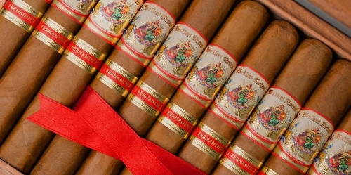 Bellas Artes Short Churchill (Toro)