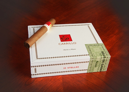 E.P. Carillo New Wave Connecticut Divinos (Toro)
