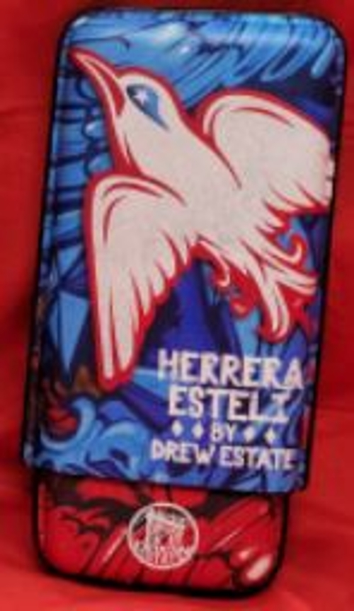 Group B Herrera Esteli 3 Finger Cigar Case.........with Qualifying Purchase Only!
