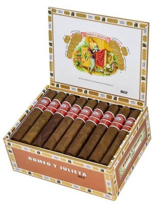 Romeo y Julieta 1875 Bully (Robusto) with Cyclone Flame Torch