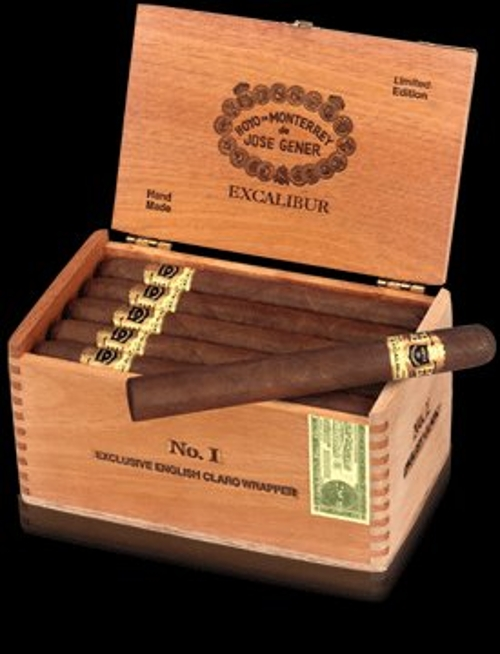 Excalibur No. 3 Natural (Toro) with 4 Pack of Excalibur No. 1 Cigars